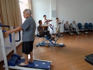 <b>怡养院院内健身房活动中心</b>